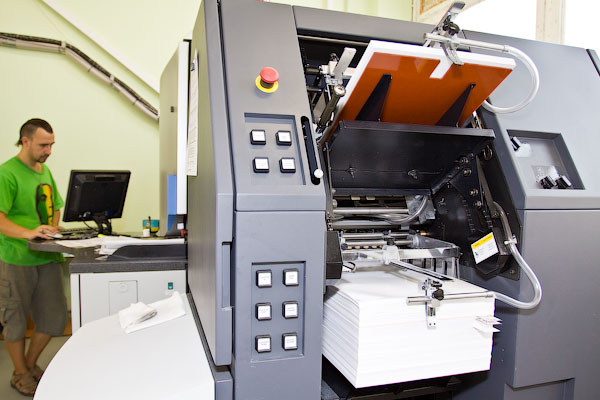 HP INDIGO PRESS 3050 подача листов